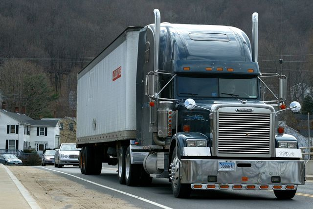 Big Trucks And Buses Latest Target For Fuel Efficiency