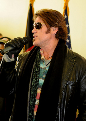 Billy Ray Cyrus Storms Out Of Interview